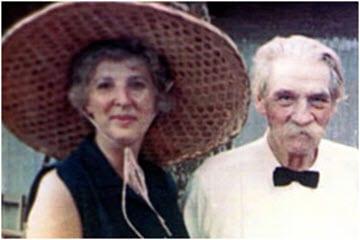 Juliet Hollister & Albert Schweitzer, 1960