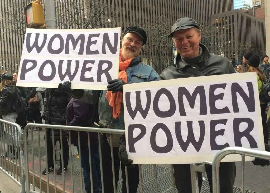 Kindness emerged as a fundamental value, and this year many men came to stand in full support of women's empowerment. Many made this a family event.